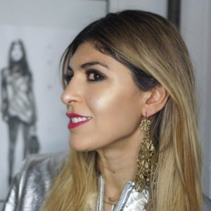 Double highlight mixing a golden and pearlescent strobe plus morehellip