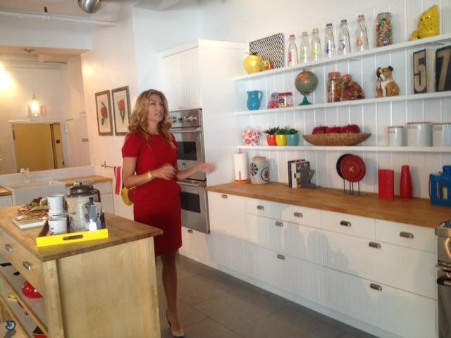 Touring homegoods with genevieve gorder pretty connected for Genevieve gorder kitchen designs