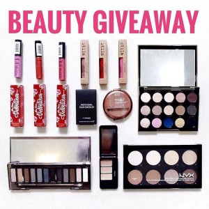 International Beauty Giveaway ! HEAD TO cremedemichelle Ive partnered withhellip