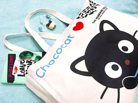Today sanrio amp HumaneSociety support GivingTuesday with a limitededition totehellip