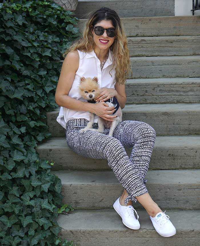 white-keds-splendid-checkered-pants