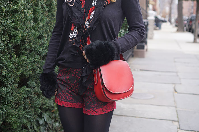 yummie-tights-coach-red-saddle-bag-ane-amour-shorts