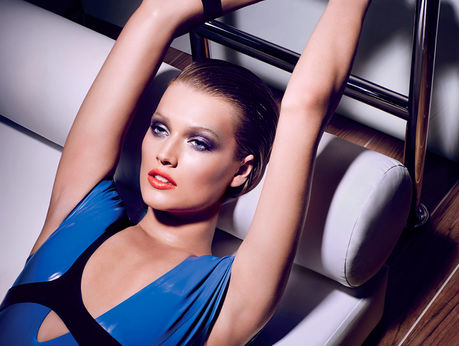 NARS Cosmetics Spring Campaign