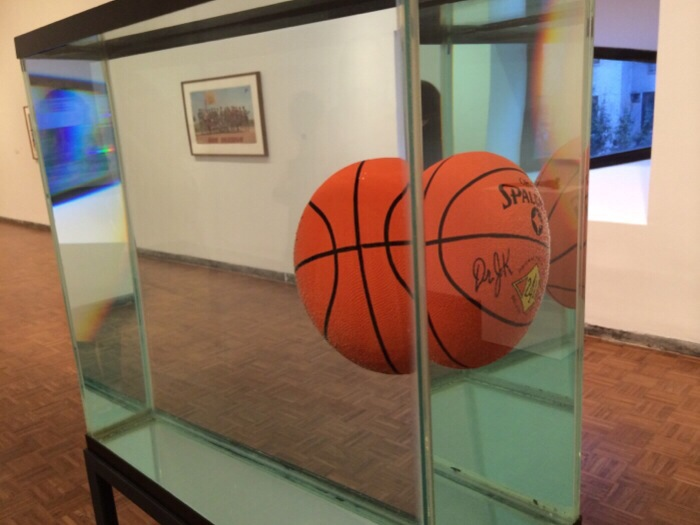 Jeff Koons Basketball