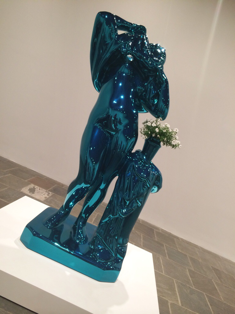 jeff koons statue