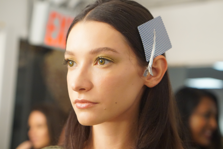 stila gold eyes at alice and olivia fashion show