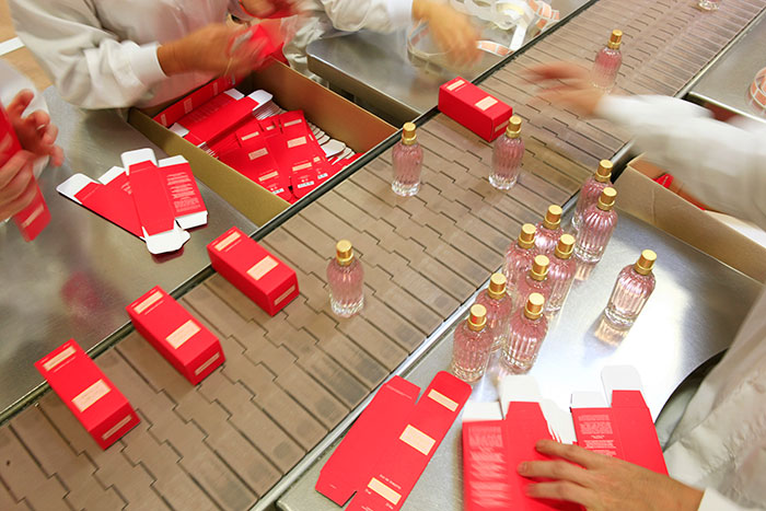 l'occitane-packaging-products-factory