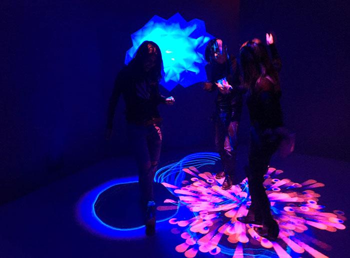 museum-of-feelings-dance-floor