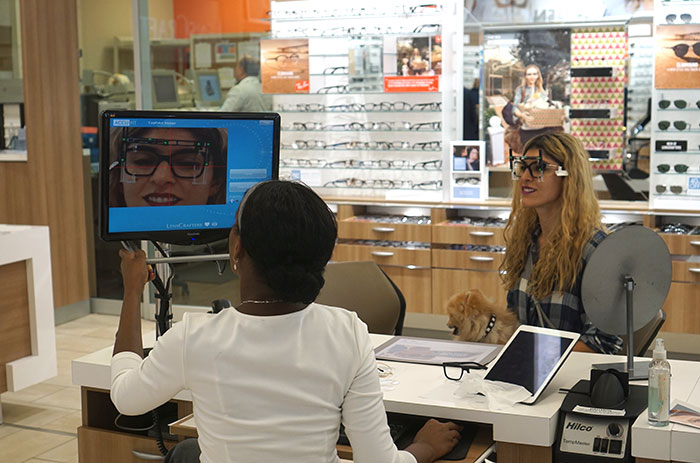 lara-eurdolian-eye-exam-lenscrafters-clarifeye